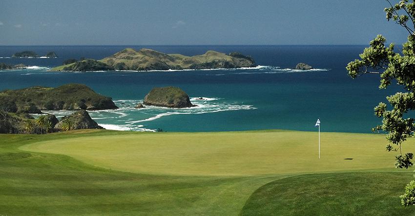 Best golf trips on a budget