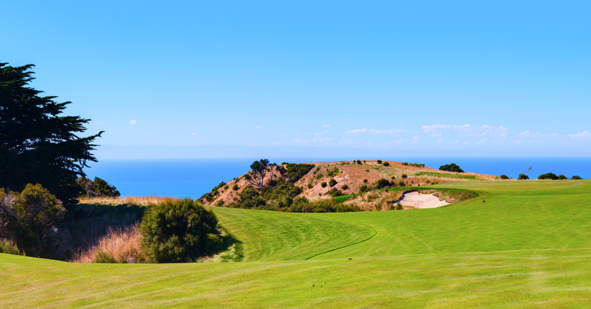 11 of The Best Golf Trip Destinations in the World | Ship Sticks